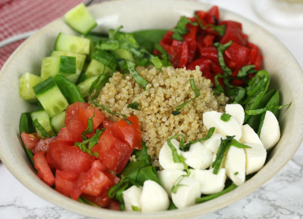 Easy Workday Lunch Recipe Italian Quinoa Salad Bowl Quill Com Blog