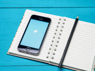 Twitter mobile phone notebook