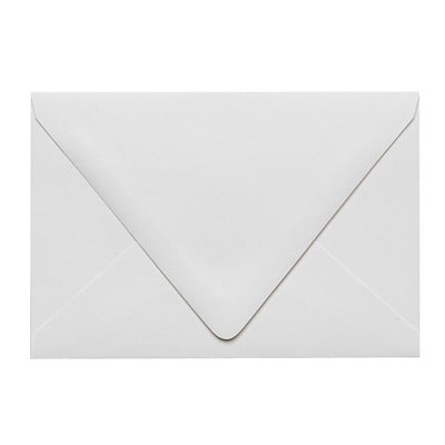 LUX A4 Contour Flap Envelopes (4 1/4 x 6 1/4) 500/Box, White - 100% Recycled (1872-WPC-500)