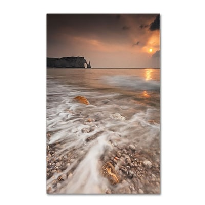 Trademark Fine Art Etretat 16 x 24 Canvas Art