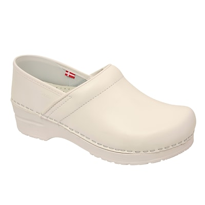 Sanita Footwear Leather Womens Professional Celina Clog White, 6.5 - 7 (1500006W-01-37)