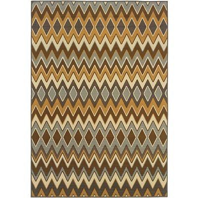 Chevron Grey/ Gold Indoor/Outdoor Machine-made Polypropylene Area Rug (37 X 56)