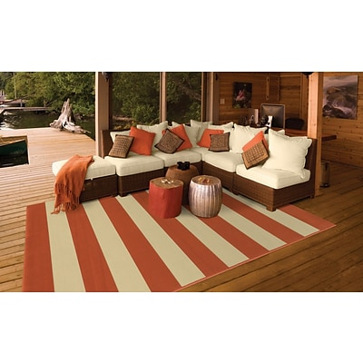 Striped Geometric Orange/ Ivory Indoor/Outdoor Machine-made Polypropylene Area Rug (37 X 56)