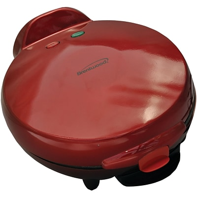 Brentwood® 900 W 6-Portion Non-Stick Quesadilla Maker; Red