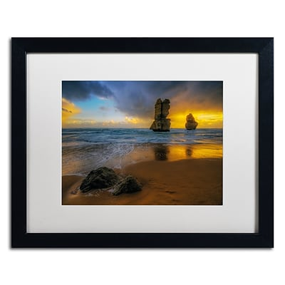 Trademark Fine Art Lincoln Harrison Beach at Sunset 16 x 20 (ALI0723-B1620MF)