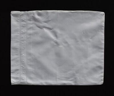 Fino Lino Swiss Dot Travel Pillow