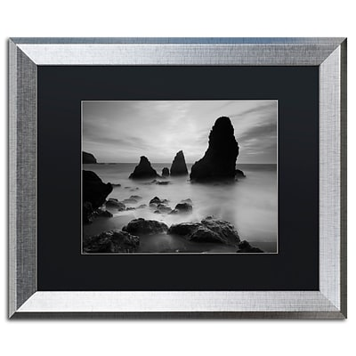 Trademark Fine Art Rodeo Beach I Black and White by Moises Levy 16 x 20 Black Matted Silver Frame (886511837560)