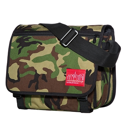 Manhattan Portage Europa Small with Back Zipper And Compartments Camouflage (1435Z-C CAM)