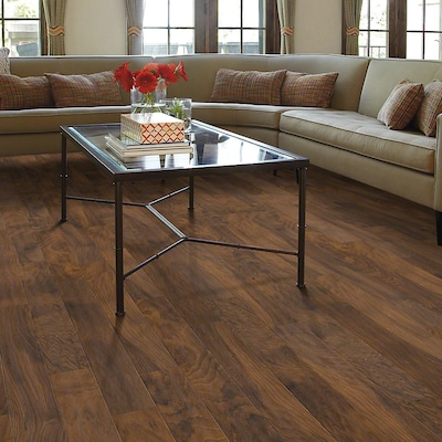 Shaw Floors Heritage Hickory 5'' X 48'' X 8mm Hickory Laminate In Valley Trail