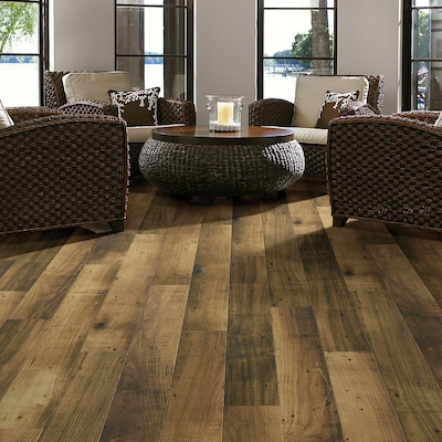 Shaw Floors Left Bank 5'' X 48'' X 7.94mm Maple Laminate In Mount Blanc Maple