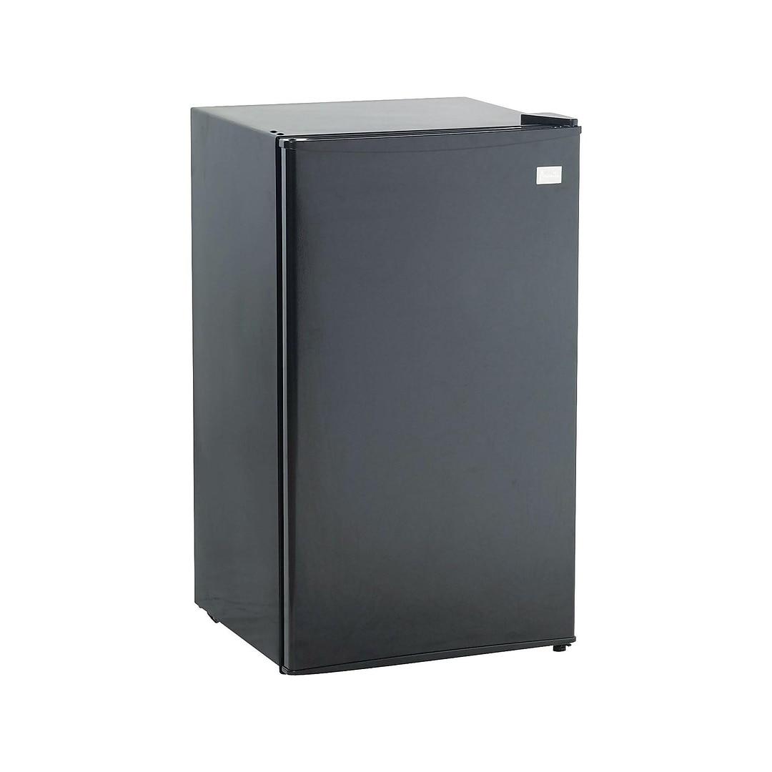 Avanti 3 3 Cu Ft Refrigerator Black Rm3316b Quill Com