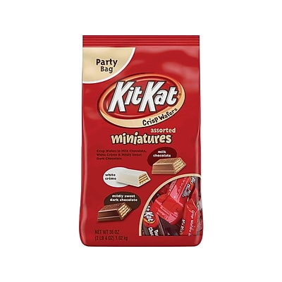Kit Kat Miniatures Party Bag Chocolate, Milk chocolate/Mildly Sweet Dark Chocolate/White Crème, 36 Oz. (22511)