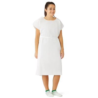 Medline Deluxe Patient Gowns, White, Regular/Large, 50/Pack